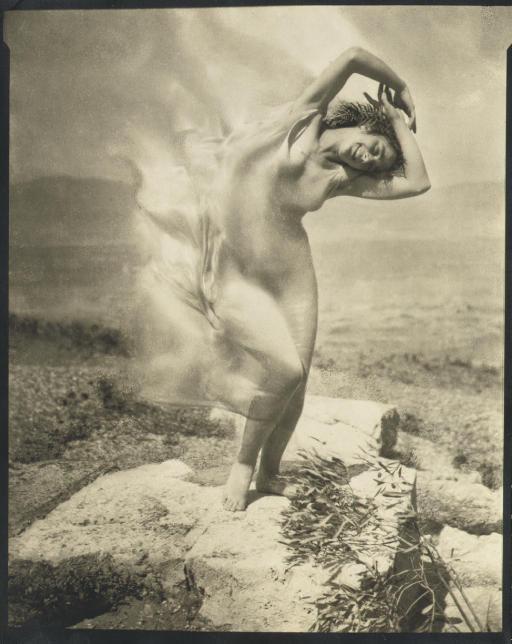 """wielbiony przeze mnie Edward Steichen """"Wind fire"""" z 1921"""