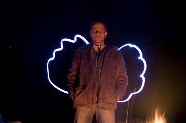 ... a gdy fotografom na ognisku zaczyna się nudzić są zdolni przekształcić Artura w Gucia