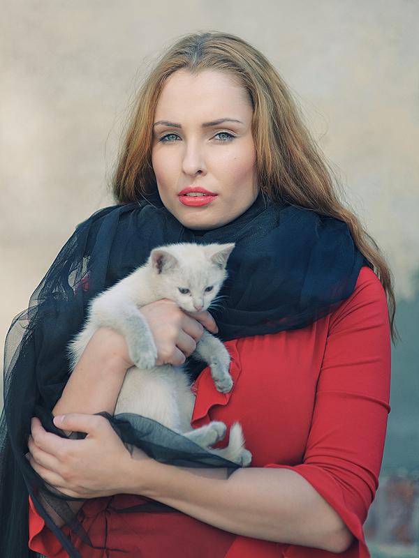 Daga z Milordem - jednym ze złodziejskich kotów, który został łupem dagmarowym, fot. Tomek Miksa