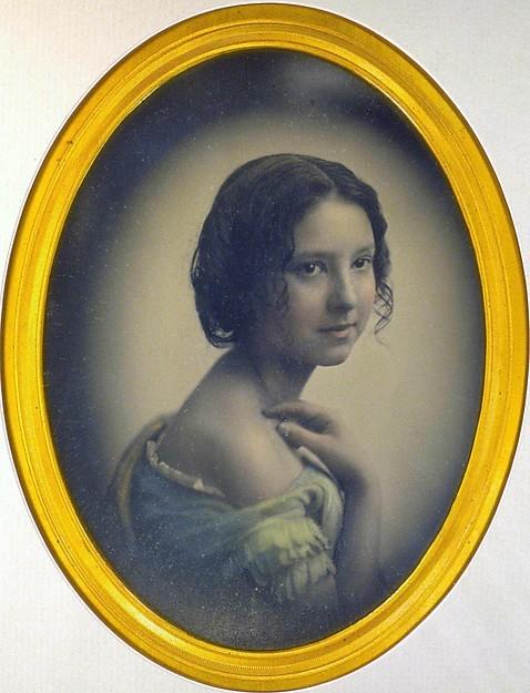 Dagerotyp z naniesionym kolorem: Portret młodej dziewczyny ze studia Southworth and Hawes datowany na  1850 rok